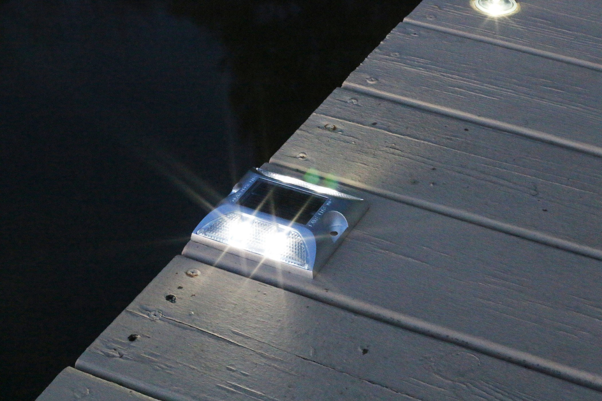 solar deck lights view all lake lite solar marine solutions