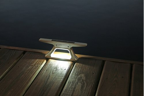 "10"" Aluminum Solar Cleat Light"
