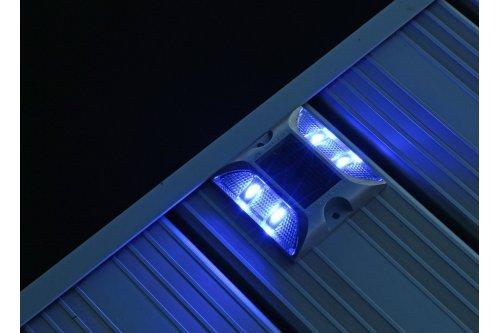 Blue Solar Dock Lights